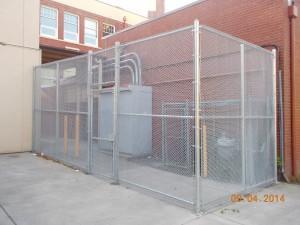 324-COM-chain link enclosure @ Richmond School, Salem, Oregon