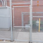 323-COM-chain link enclosure @ Richmond School, Salem, Oregon