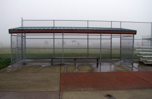 318-COM-chain link fence @ Baseball field