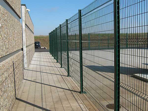 Welded wire commercial fencing salem corvallis outdoor