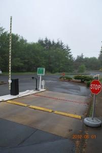 286-COM Barrier arm gate w/operator, Newport, Oregon