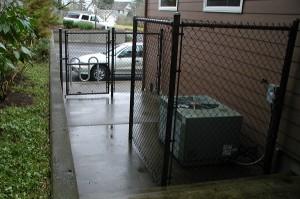 222 B222 Commercial black chain link gate, fence & enclosure