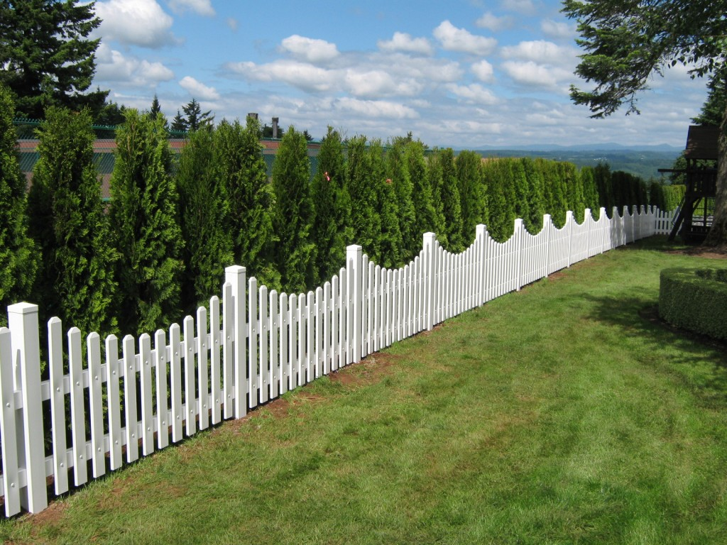 Vinyl residential fencing salem lincoln city outdoor fence