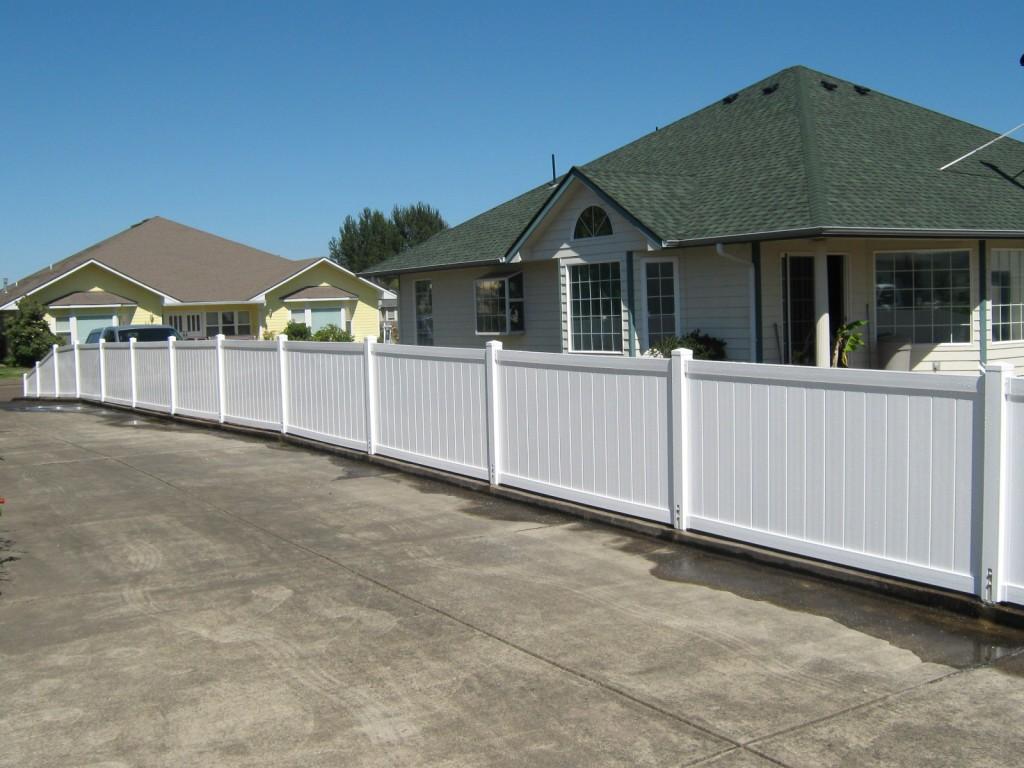 Residential fencing vinyl outdoor fence 178 4 tall cascade style vinyl fence baanklon Choice Image