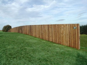170 Wood good neighbor fence