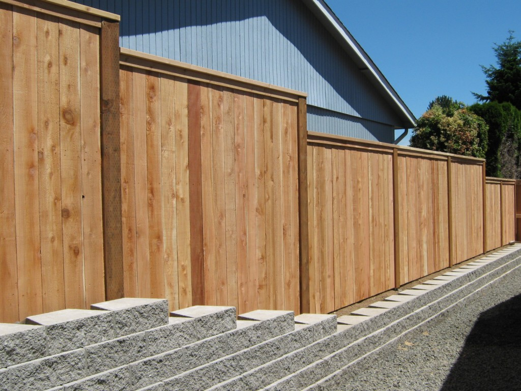 153 privacy cap u0026 trim on retaining wall mcminnville oregon