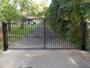 127 Design D-1 ornamental iron gate