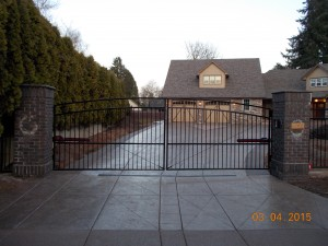 126 Design C-2 ornamental iron gate with operator, Salem, Oregon