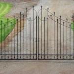 137 custom entry gate