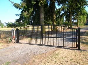 116 design B-1 entey gate with gate operator