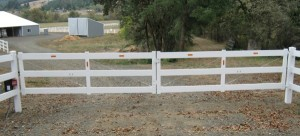 115 vinyl fence & entry gate with gate operator