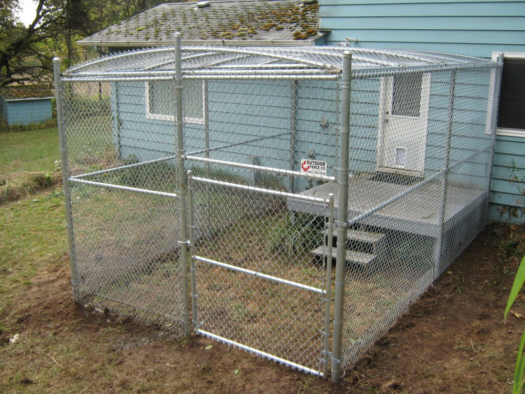 65 chain link kennel with top - Dog Kennel Design Ideas