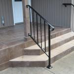 31 Use of two handrail types, Salem, Oregon