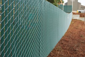 372- pre-slatted chain link commercial