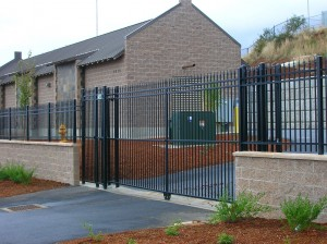 358-ornamental iron fence & gate-commercial-operator