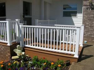 334-vinyl-residential-railing